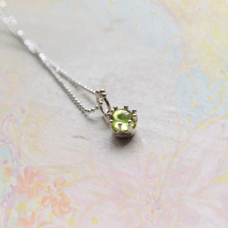 Milk Crown Necklace -Peridot- /チャームのみ