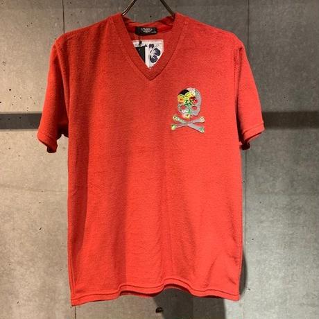 【PAZZO】スカル刺繍ワッペン付  パイルVネックTシャツ レッド