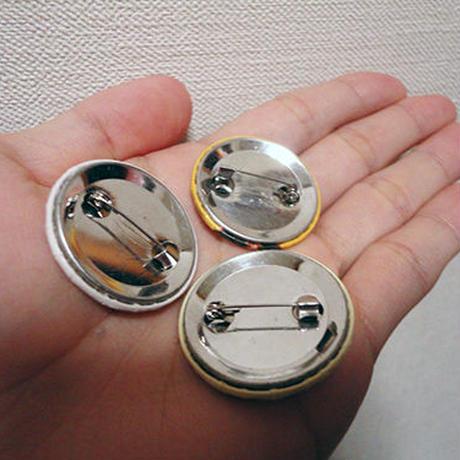 蝶缶バッチ(カラフルアニマル)
