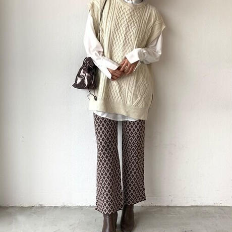 cable nosleeve knit