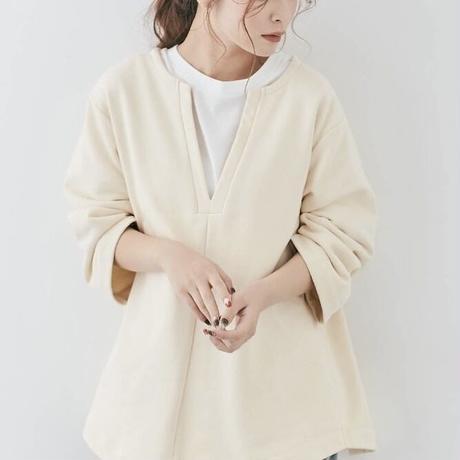 Vneck pullover