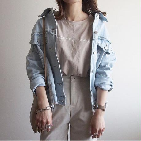 damage denim jacket