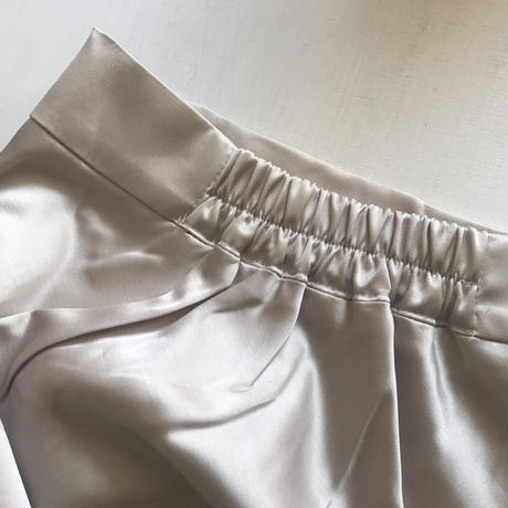 silky narrow skirt