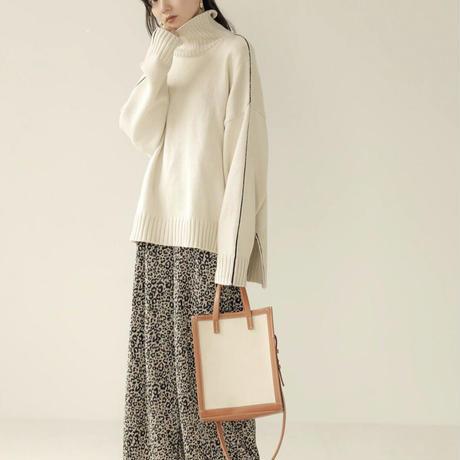 bi-color knit