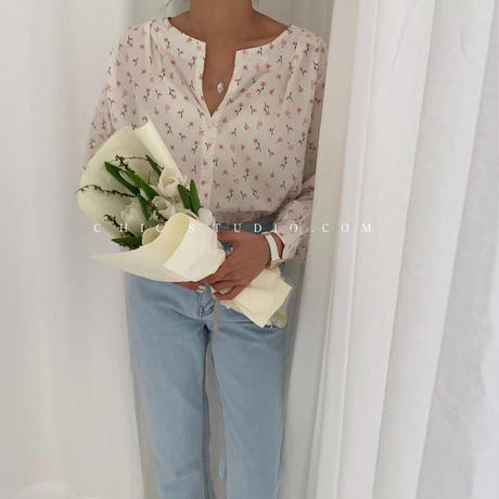 bouquet blouse