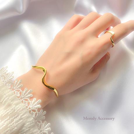 18金×シルバー925 twist bracelet