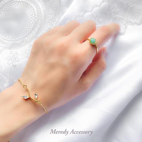 《天然石アマゾナイト》ローズカット指輪