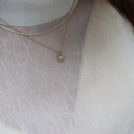 【emiru】Frill Pearl Necklace(Silver/Gold)