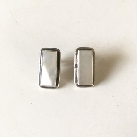 vintage silver × mother of pearl pierced earrings
