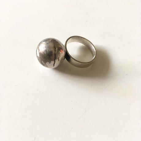 vintage modernist silver ball ring
