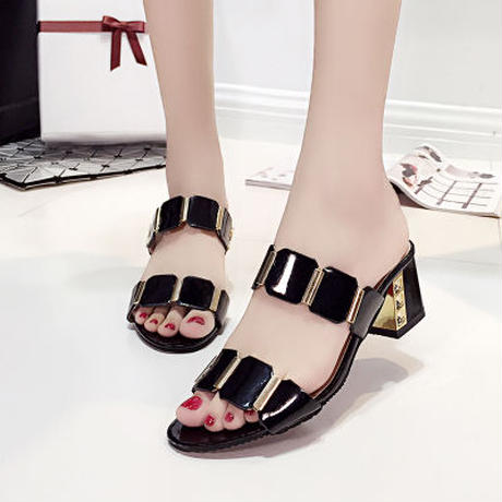 B092 luxury sandal