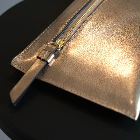 INTOXIC.  Twin long wallet champagne