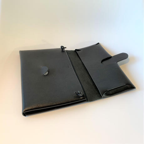 SEAMLESS SHOULDER CASE S / BLACK