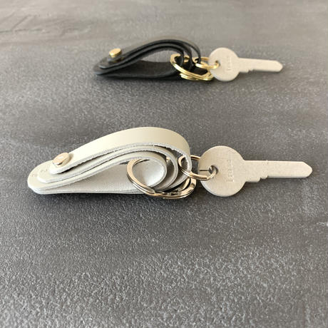 FOLD 3R KEY HOLDER   BLACK