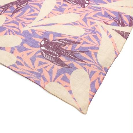YARN&COPPER 近江リネン  'Swift Swallows' Pink リング付きミニスカーフ