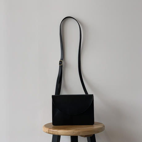 FOLD MINI SHOULDER BAG  (BLACK )