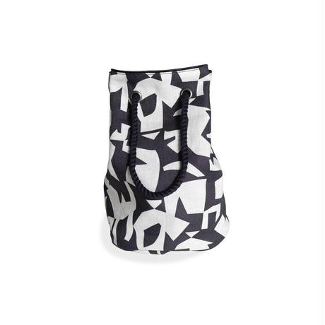 YARN&COPPER Linen bucket bag 'Athens' black