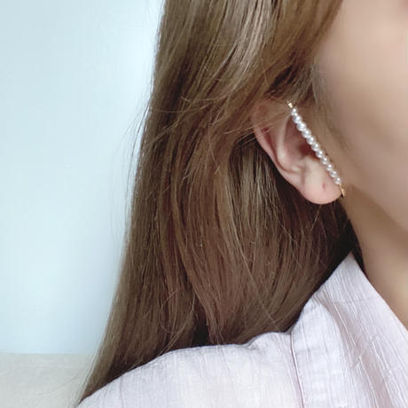 (357) wrapped pearl ear cuff