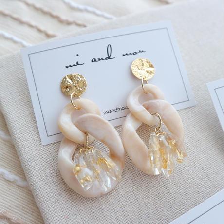 Acrylic parts beige  pierce/earring