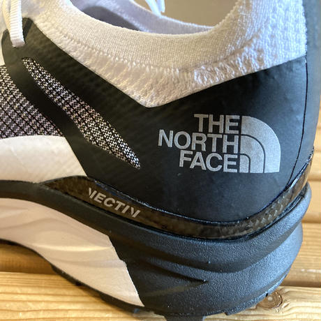 THE NORTH FACE『Flight Vectiv』