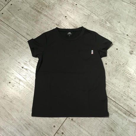 MOUNTAIN EQUIPMENT『WOMEN'S POCKET TEE』ブラック