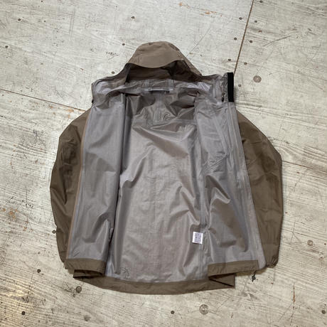 TetonBros.『Feather Rain Full Zip Jacket 2.0』(Brown)