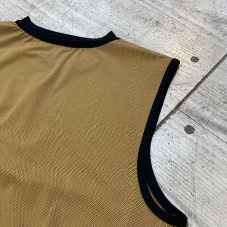 BUDO『Mountain Pass top Sleeve_Less』(yellow ocher)