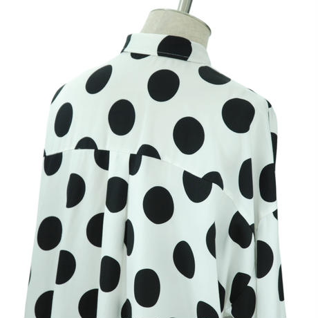 【White/Last1】Dot Big Shirt