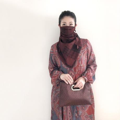 neck dress