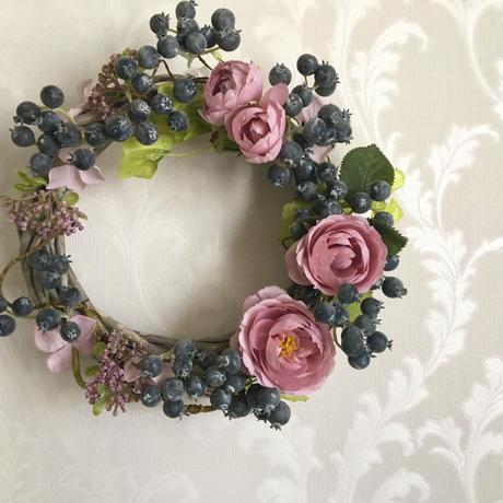 【1点のみ】Crescent Berry Wreath