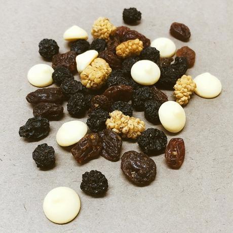 ビオ ポケットフィット フルーツ&ホワイトチョコ