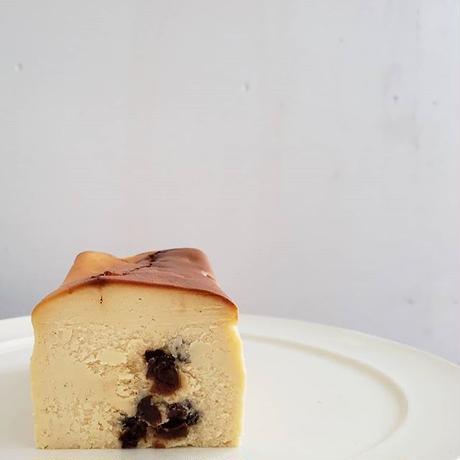 黒い実チーズケーキ/フルサイズ【4月中発送】