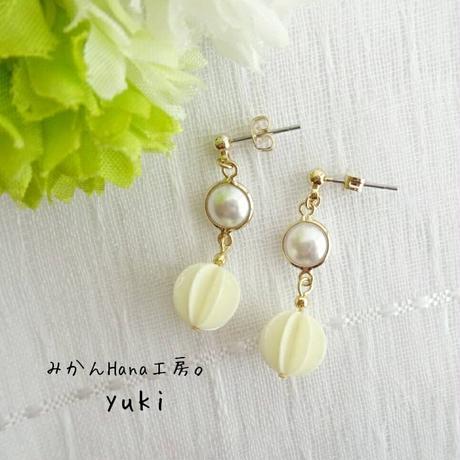 【yk305】フレームパールピアス 〜スノーボール〜 [イヤリングへ変更可](美乃花)