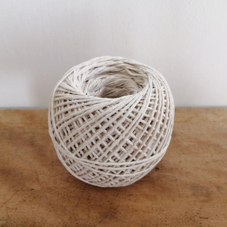 90g white cotton (for string tidy)