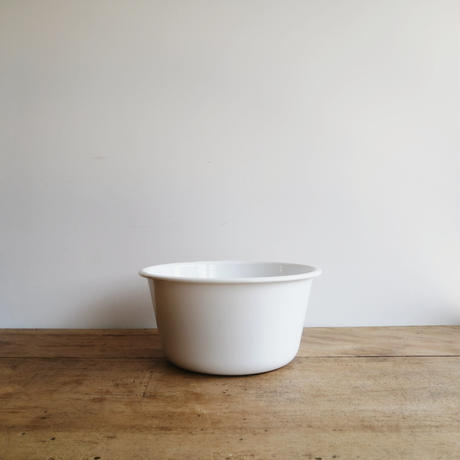 enameled washbowl 小