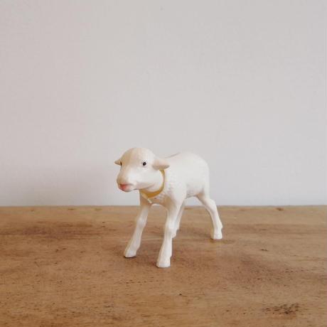 Bobbing Lamb