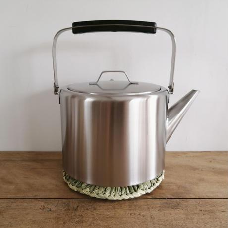 イナワラ鍋敷き 小