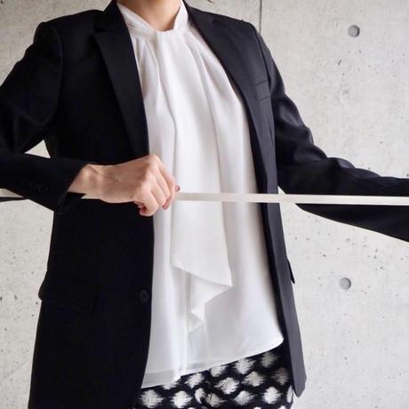 Calvin Klein ホワイトノースリーブブラウス