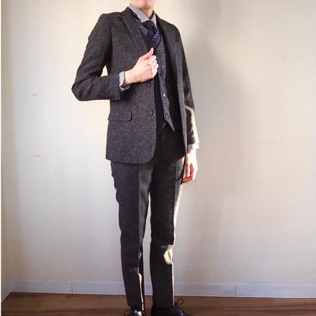 ダークブラウンツイード風3ピーススーツ