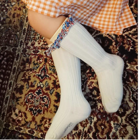 【collegien】liberty ruffle high socks