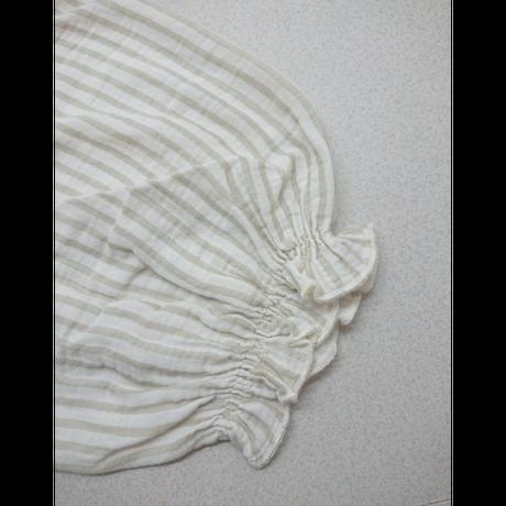 【Liilu women】Smocked blouse_sandy stripe