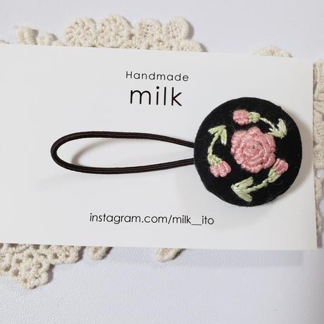 刺繍ヘアゴム