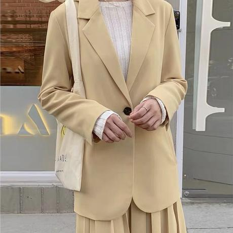 dusty yellow skirt