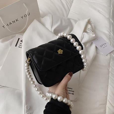 flower vintage pearl bag