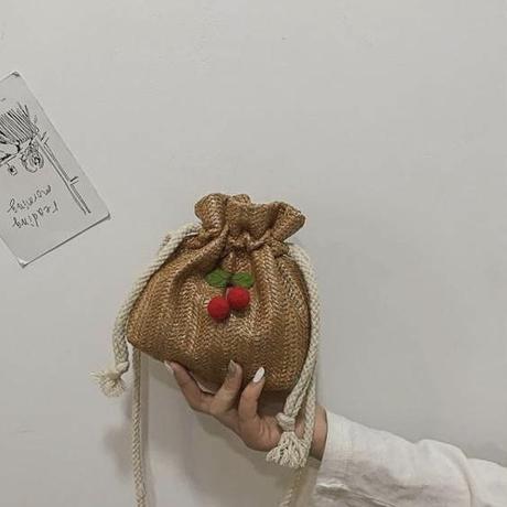 cherry pochette