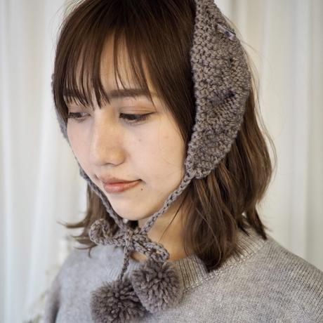 Knit pon-pon ear maffler