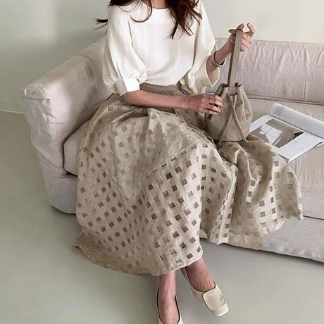 : set code : white blouse × beige check skirt