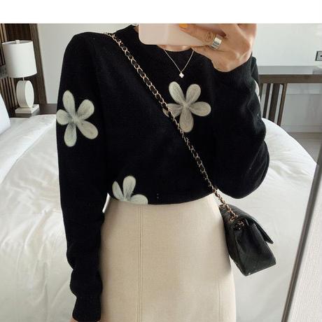 monotone flower black knit