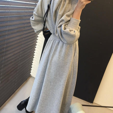 Loose silhouette onepiece