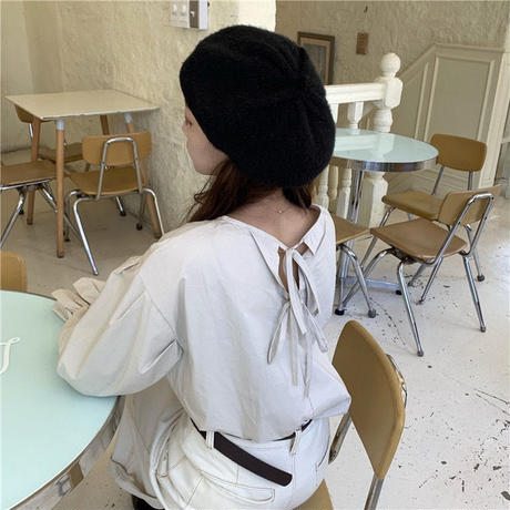 back ribbon simple blouse